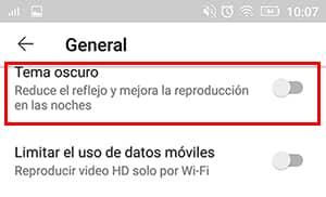 como activar tema oscuro youtube en android
